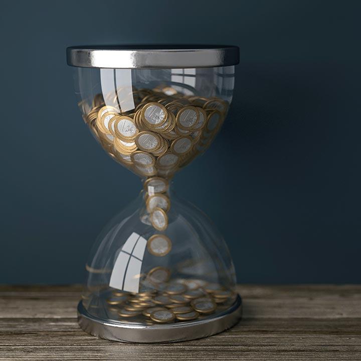 資格取得のために必要な時間とお金について